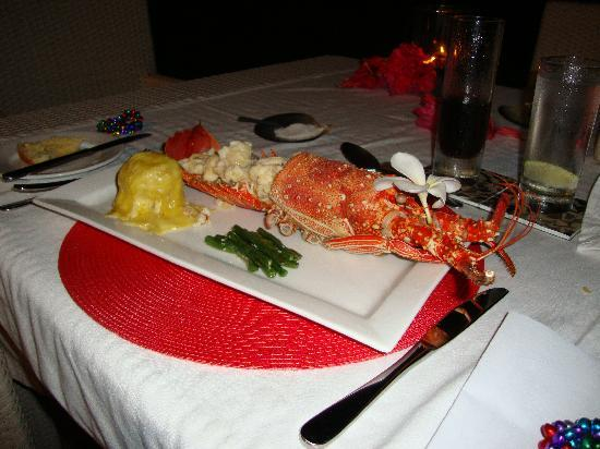 Taveuni Palms Resort: My fave meal - lobster!!