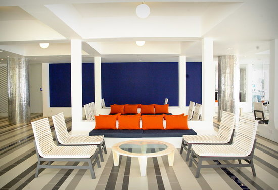 Trinco Blu by Cinnamon: Lobby area