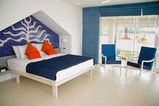 Trinco Blu by Cinnamon: Interiors of a Beach Chalet