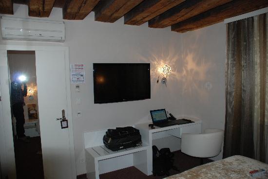Hotel Am Dom: Rm 203