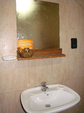 Hotel Pukarainca: Bathroom