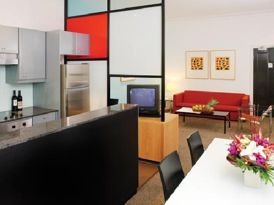 Medina Serviced Apartments Double Bay: Medina Executive Double Bay - One Bedroom Apartment (Kitchen)