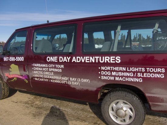 1st Alaska Tours: Our mini-bus