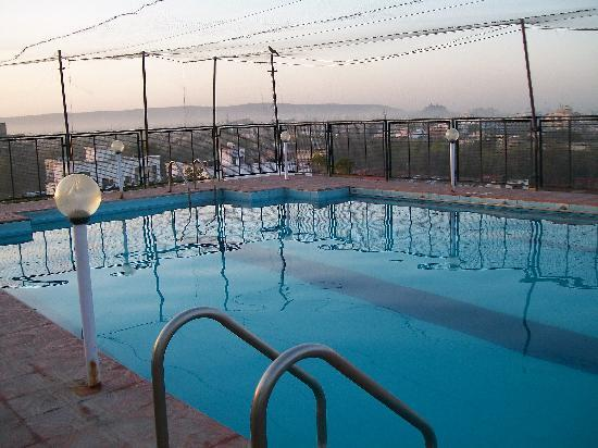 Vesta Maurya Palace: The Swimming Pool