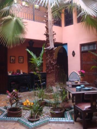 Riad Ajebel: Inner patio