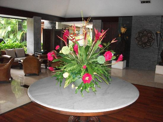 The Graha Cakra Bali Hotel: Lobby