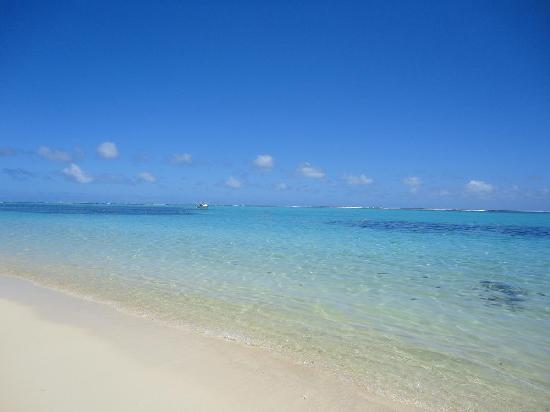 Paradis Beachcomber Golf Resort & Spa : beach