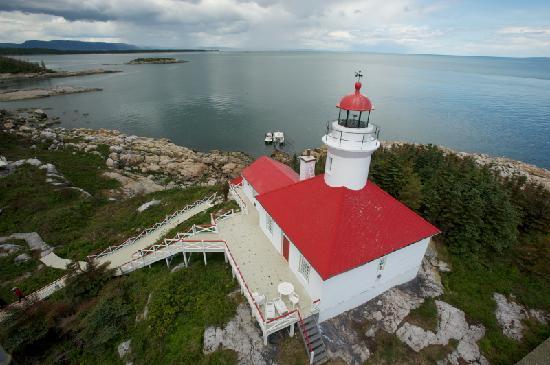 Phare du Pot a l'Eau-de-Vie: Les îles du Pot à l'Eau-de-Vie