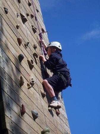 Appledore, UK: Climbing Wall at Skern Lodge in North Devon
