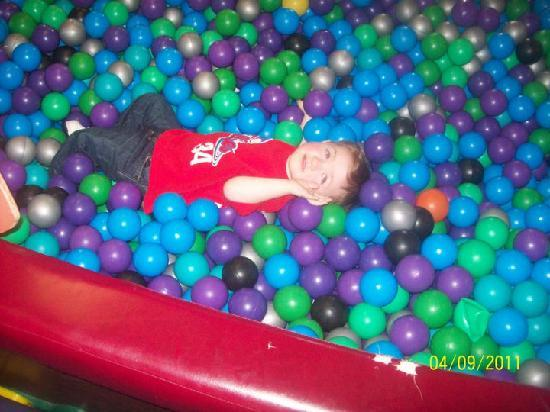 garden state discovery museum my son in the ball pit - Garden State Discovery Museum