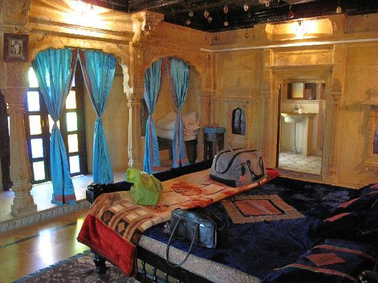 Hotel Shreenath Palace : my room, the maharani suite
