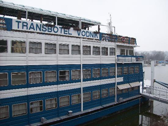 Botel Vodnik - Prague River Hotel: frente