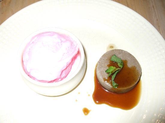 The Park on Vembanad Lake: Keralan creme caramel