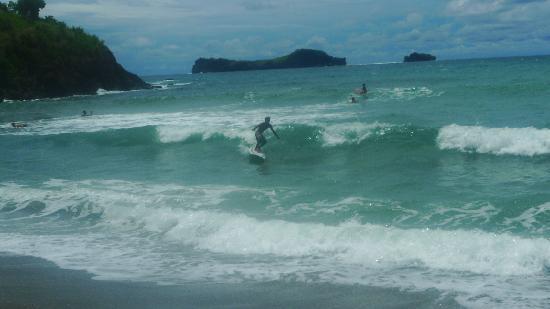 Pundaquit, Philippines: SURF!!!