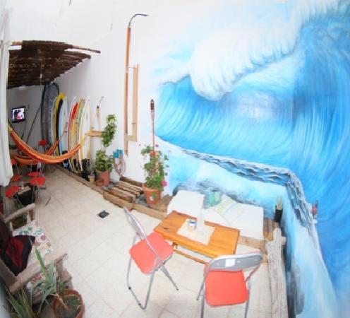 Clandestino Surf Adventure: Chill Out Clandestino