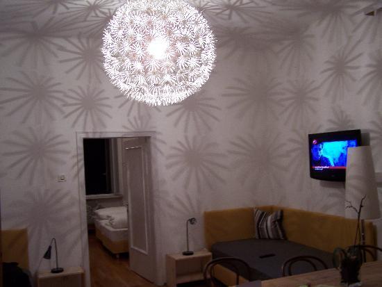 Hotel Adria: Living Room