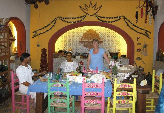 Cuisine mexicaine picture of grand bahia principe coba for Cuisine mexicaine