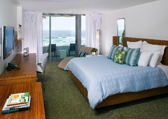 Tower23 Hotel: Surf Pad at Tower23- Ocean views, private balcony