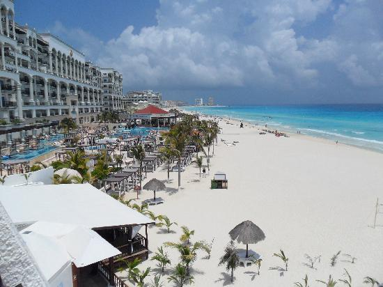 Flamingo Cancun Resort Beautiful Morning