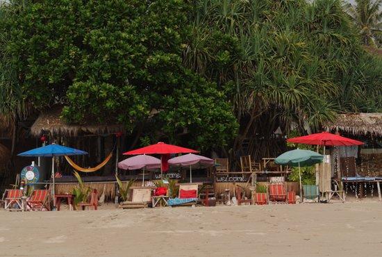 Jai Dee Home : beach front