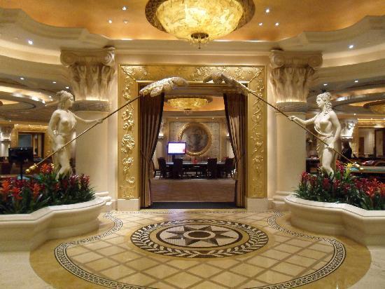 Paris Las Vegas Lobby - Inside Paris Hotel Las Vegas   Paris Hotel Las Vegas Inside
