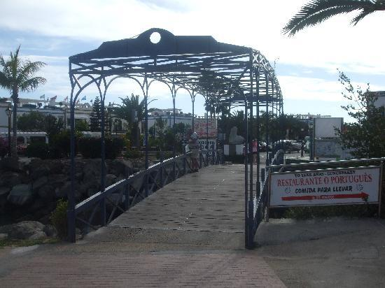 Puerto de Mogan, Spain: bridge