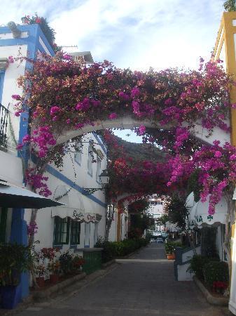 Puerto de Mogan, Espagne : streets mogan