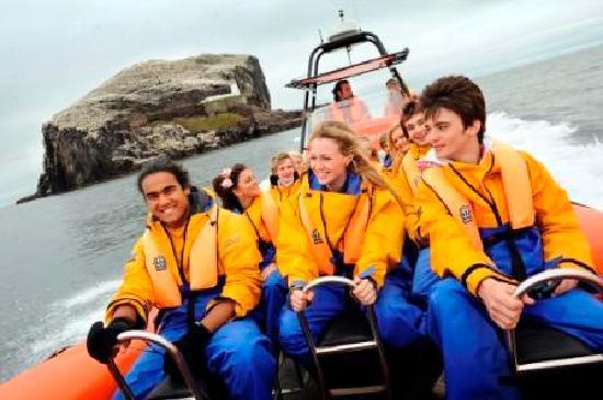Scottish Seabird Centre: Seabird Seafari Boat trip around the famou Bass Rock