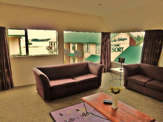 Lake Tekapo Village Motel : Notre séjour- salon, vue 1