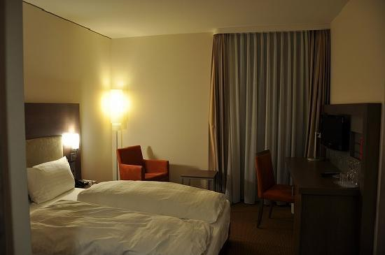 InterCityHotel Berlin-Brandenburg Airport: 客室