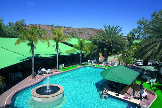 Chifley Alice Springs Resort: Swimming Pool