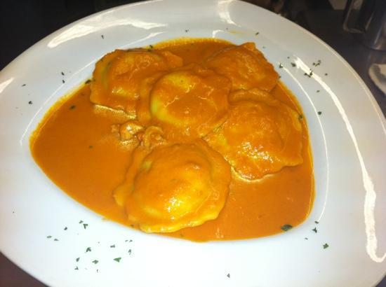 Fresco Grill and Martini Bar: lobster raviolli