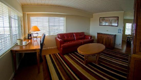 Westport Inn: King Suite