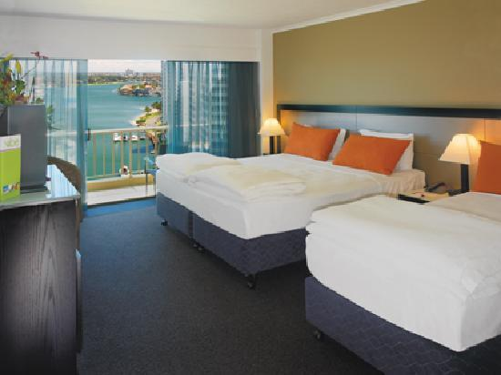Vibe Hotel Gold Coast - Twin Guest Room