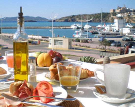 RocaMar Hotel: Desayuno en Rocamar / Breakfast at Rocamar