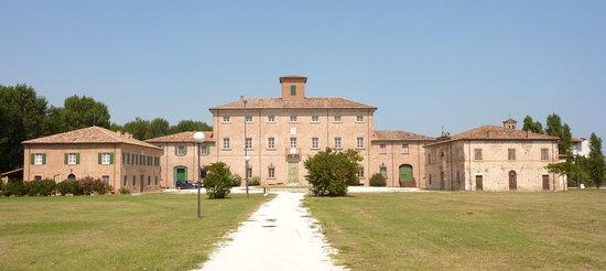 San Mauro Pascoli, Italia: Locanda dei Fattori e Villa Torlonia
