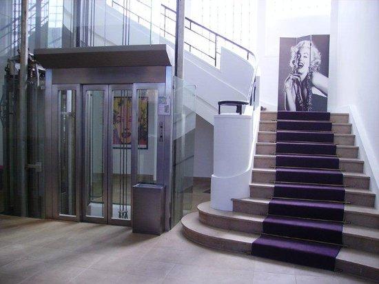 Le Grand Hotel: Lobby