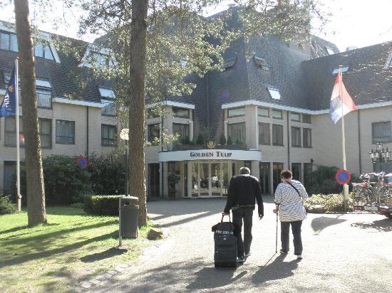 Princess Hotel Epe: Entree