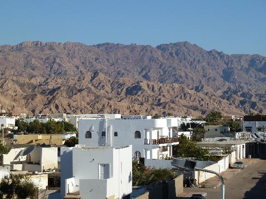 Blue Beach Club: Sinai mountains from yoga shala