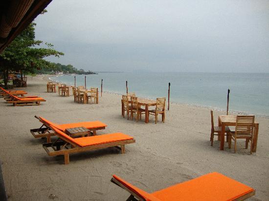 Segara Villas: Sengigi beach