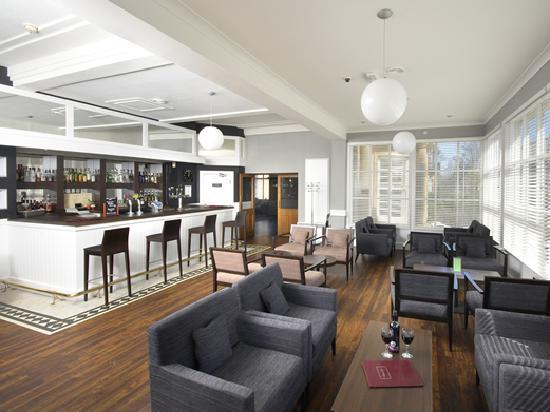 Bay New Southlands Hotel : Bar Lounge at the Coast & Country New Southlands Hotel