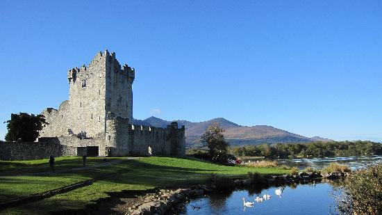 Old Ivy House: Ross Castle Killarney