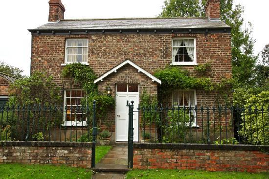 Middlethorpe Hall & Spa: our cottage