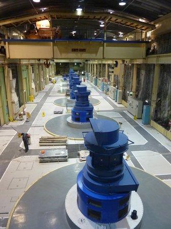 Lake Manapouri : Generatorenhalle