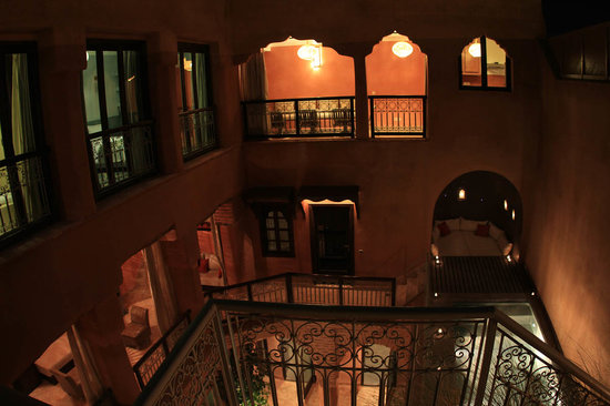 Riad Birdy: Riad et piscine de nuit