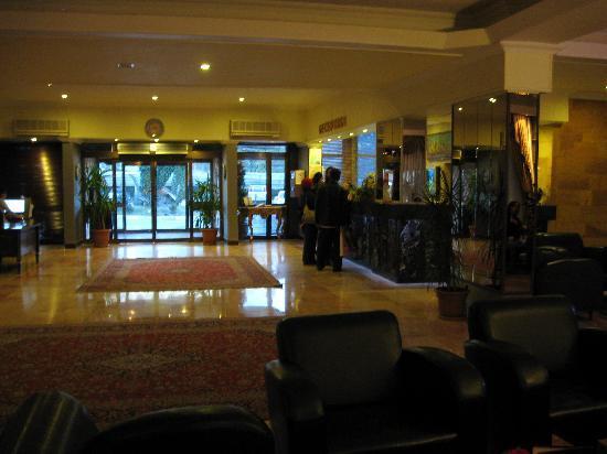 Dinler Hotels – Urgup: Lobby