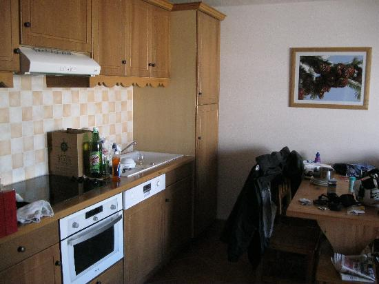 Montgenevre, France : Kitchenette