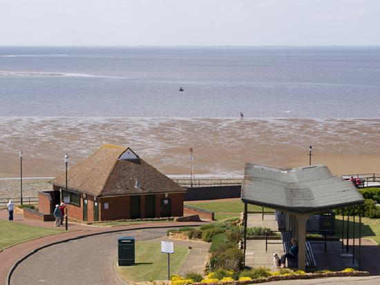 The Golden Lion Hotel: View of the Beach from Coast & Country Golden Lion Hotel