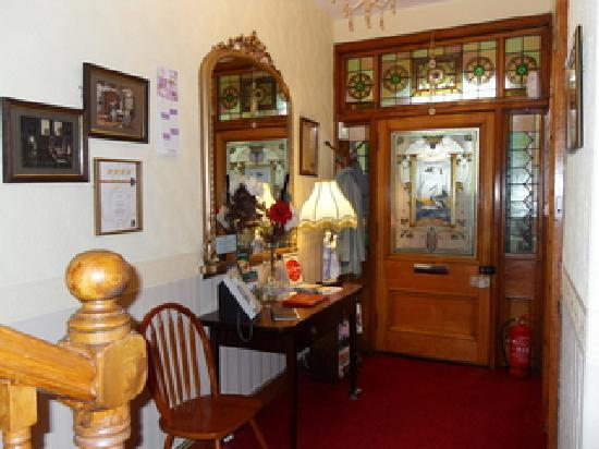 Glenotter Bed and Breakfast: Reception Hall