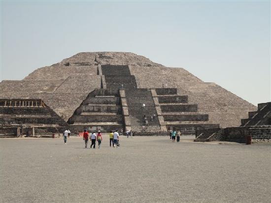 Ciudad de México, México: Piramide de la Luna